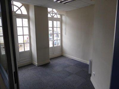 bureaux a louer 56400 auray pi ces 0 m agence gauter. Black Bedroom Furniture Sets. Home Design Ideas